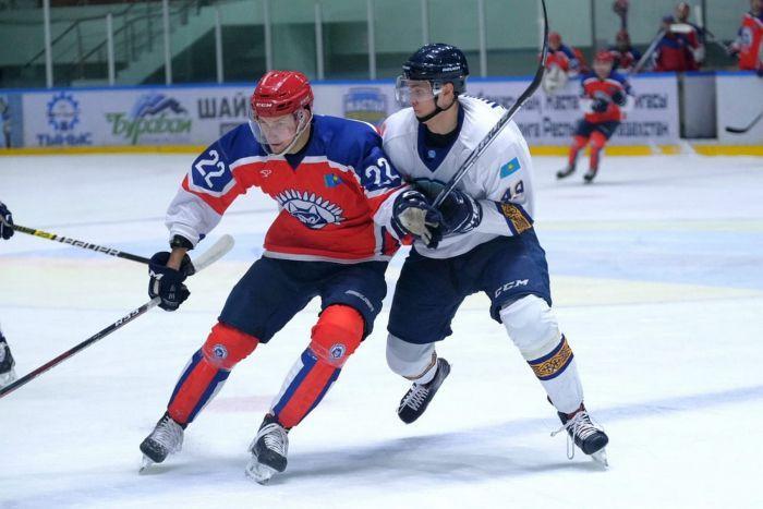 Хоккей: «Арлан» өз айдынында «Алтай Торпедодан» ұтылды