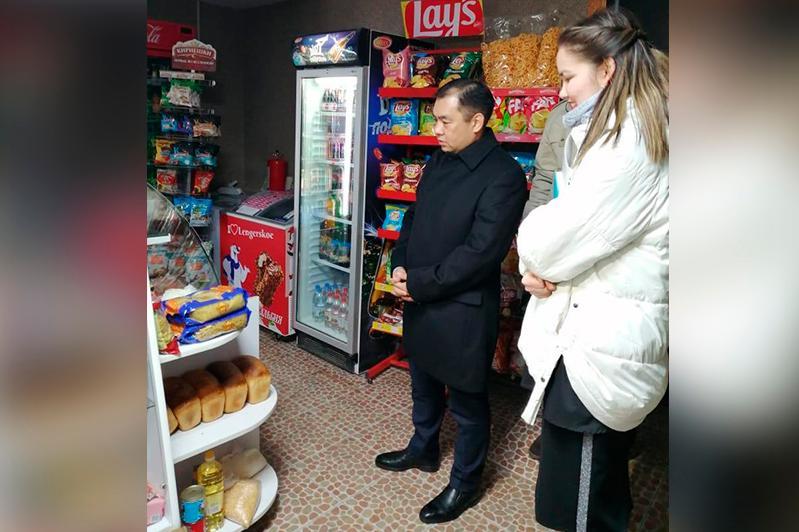 Акция по открытию «полок Добра» стартовала в Кокшетау