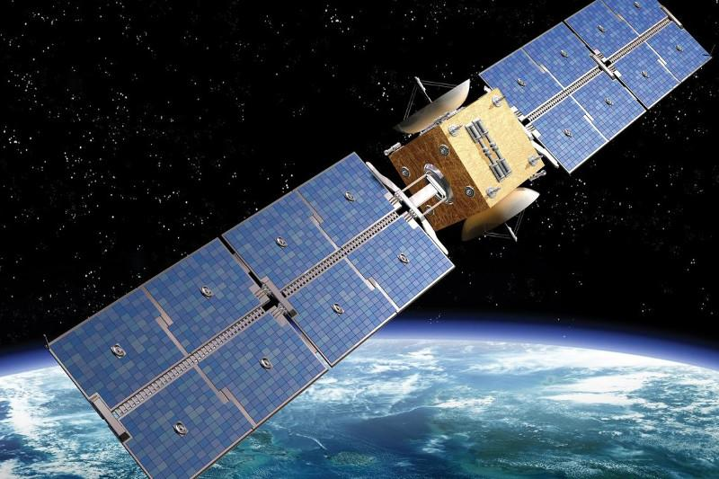 В 2020 году Казахстан планирует начать производство собственных спутников - Аскар Жумагалиев