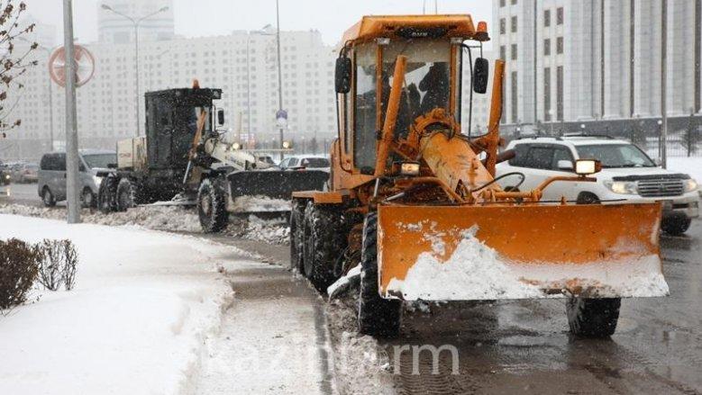 В «Астана LRT» попросили коммунальные службы изменить порядок уборки снега