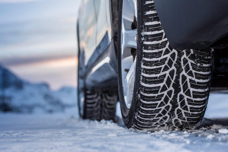 Свыше 12 тыс тенге заплатят водители автомобилей, не сменившие шины на зимние