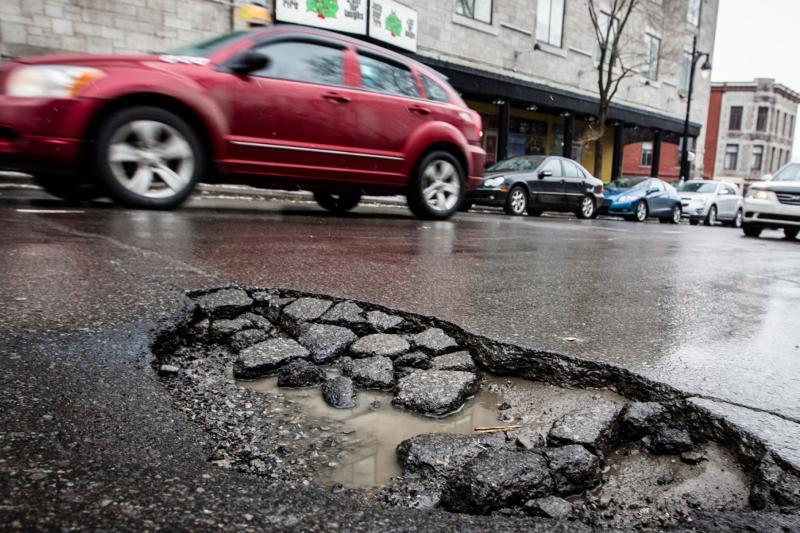 Ондасын Уразалин прокомментировал плохое состояние дорог в Актюбинской области