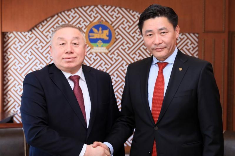哈-蒙两国将扩大教育领域合作