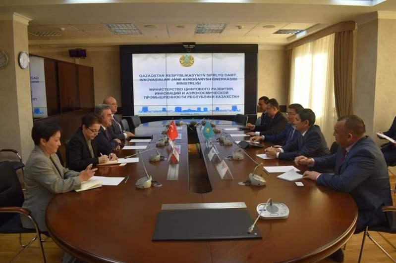 Казахстан и Турция намерены усилить сотрудничество в космической сфере
