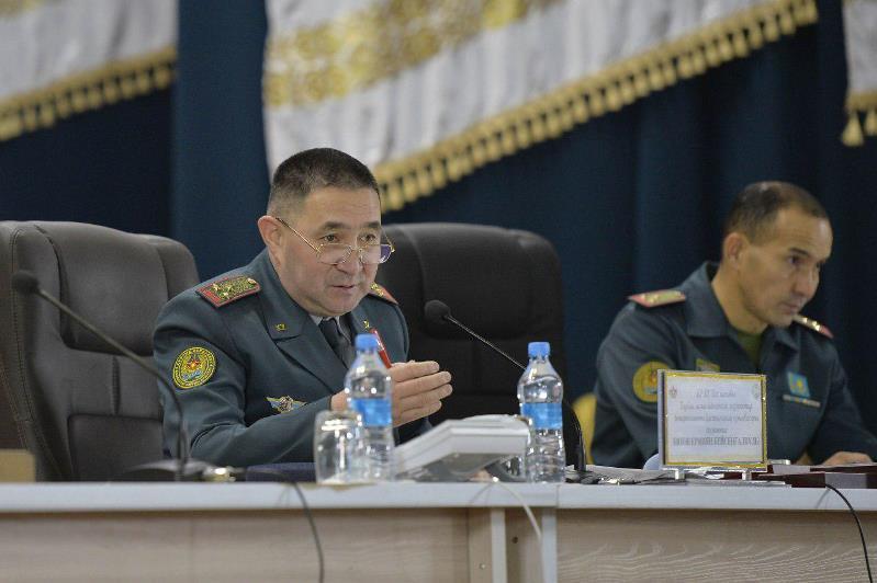 Офицеры Минобороны РК оказали методическую помощь командованию Аягозского гарнизона