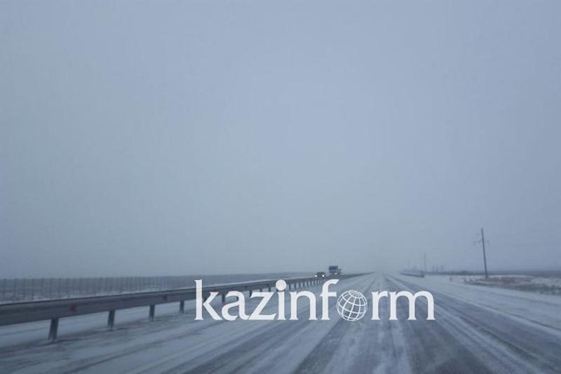 Более 800 млн тенге выделили в Павлодарской области на содержание автодорог зимой