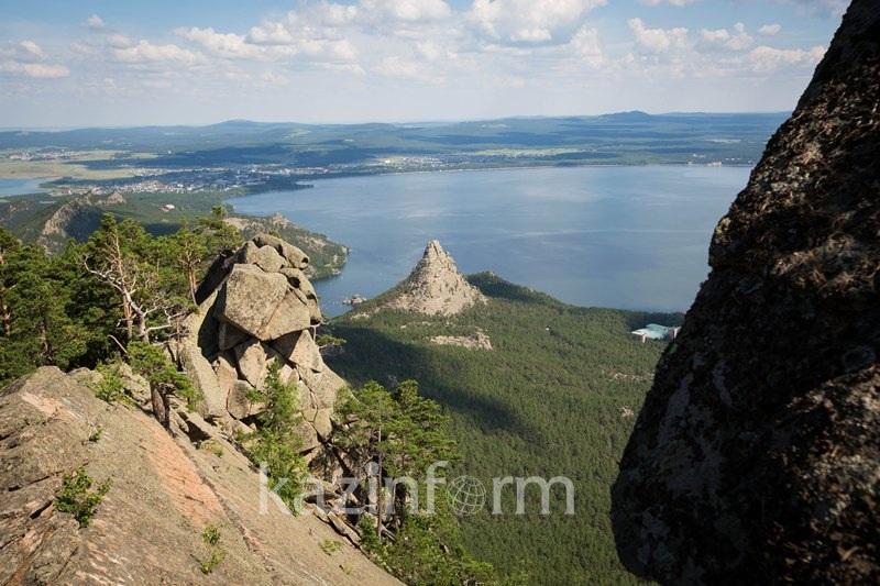 Решить вопрос очистки озер Бурабая поручил Касым-Жомарт Токаев