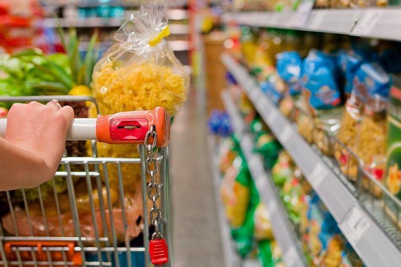 托卡耶夫对具有重要社会意义商品价格的上涨表不满