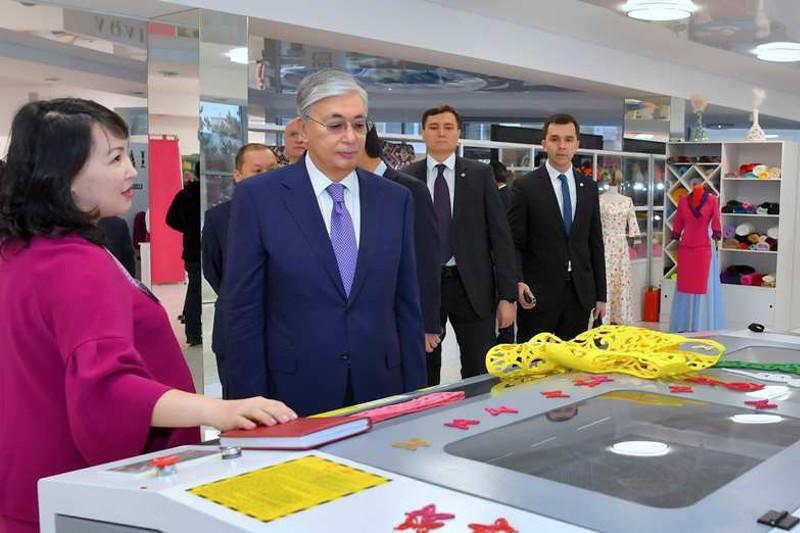 President Tokayev visits dress-making shop in Kokshetau