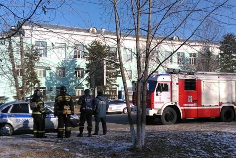 Студент устроил стрельбу в колледже российского Благовещенска