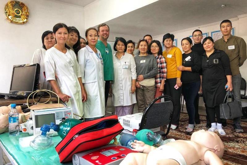 Специалисты сферы здравоохранения из США делятся опытом с врачами Туркестанской области