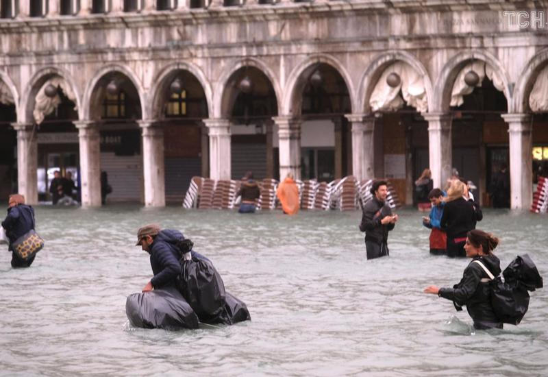 Венецияда төтенше жағдай енгізілді