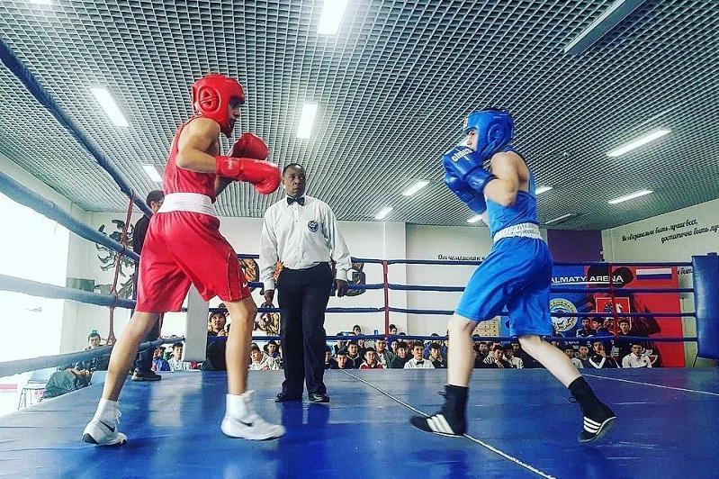 Встреча боксёров Алматы и Москвы закончилась вничью