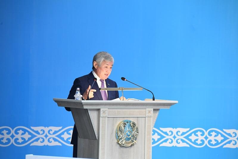 Бердибек Сапарбаев: Госпомощь не должна порождать иждивенчество
