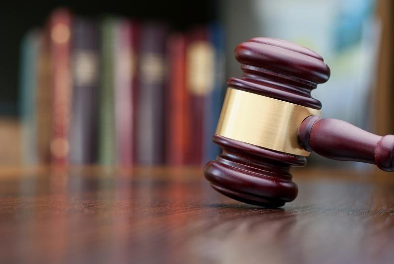 На 21 год лишения свободы осудили мужчину за убийство женщины и ребенка в СКО