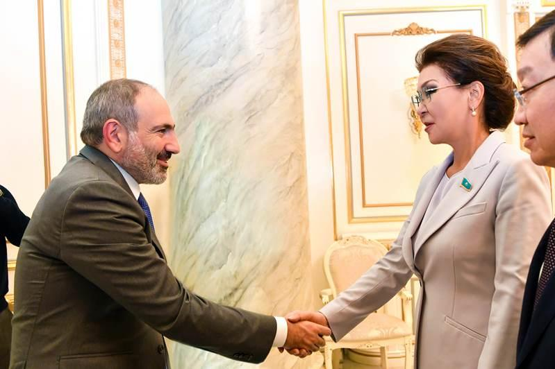 Dariga Nazarbayeva, Nikol Pashinyan consider expanding export of Kazakhstani products to Armenia