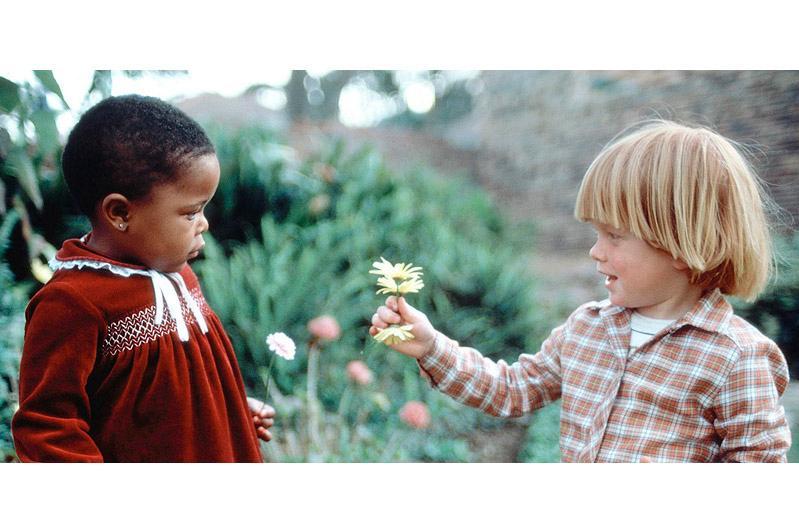 """国际宽容日:教科文组织强调""""宽容是使和平成为可能的美德"""""""