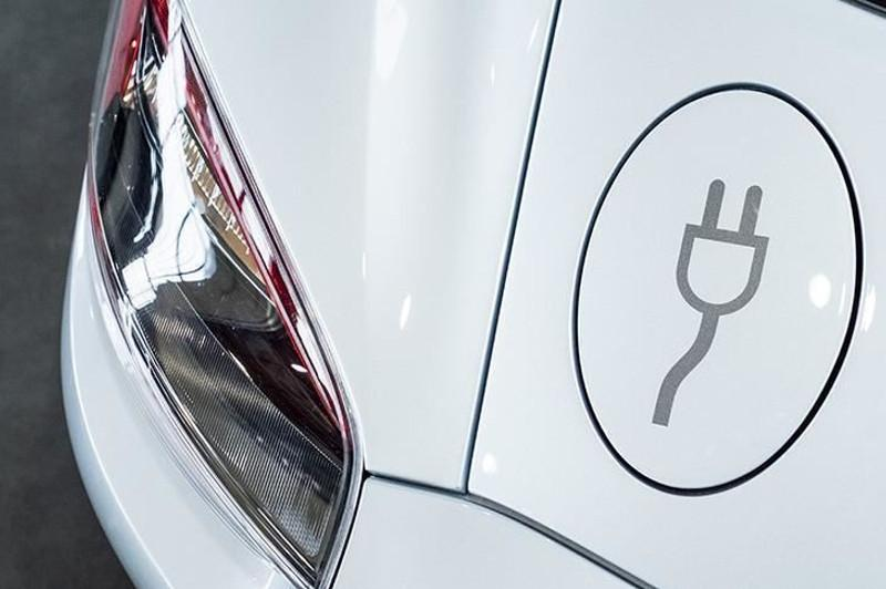 Global number of electric cars hits 5 mln. in 2018: IEA