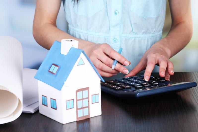 Кто из казахстанцев сможет использовать пенсионные накопления на покупку жилья