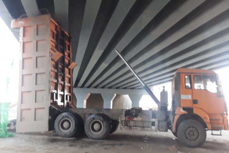 Truck rams into bridge, driver in hospital in Pavlodar region