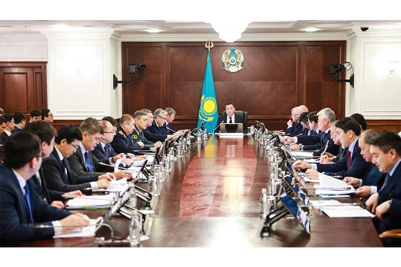 В Правительстве рассмотрели готовность страны к внедрению ОСМС