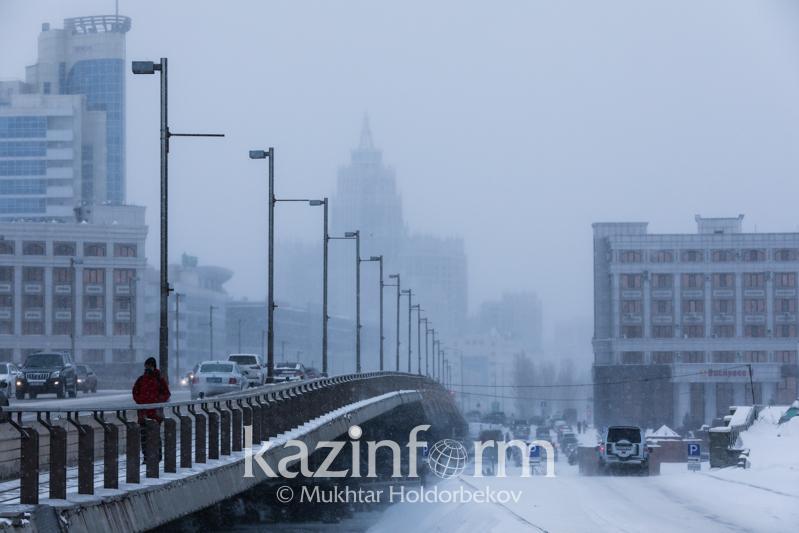 Ветер, туман и низовая метель ожидаются в Казахстане 19 ноября