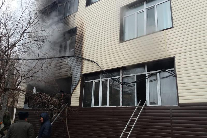640 people evacuated due to fire at school in Zhezkazgan