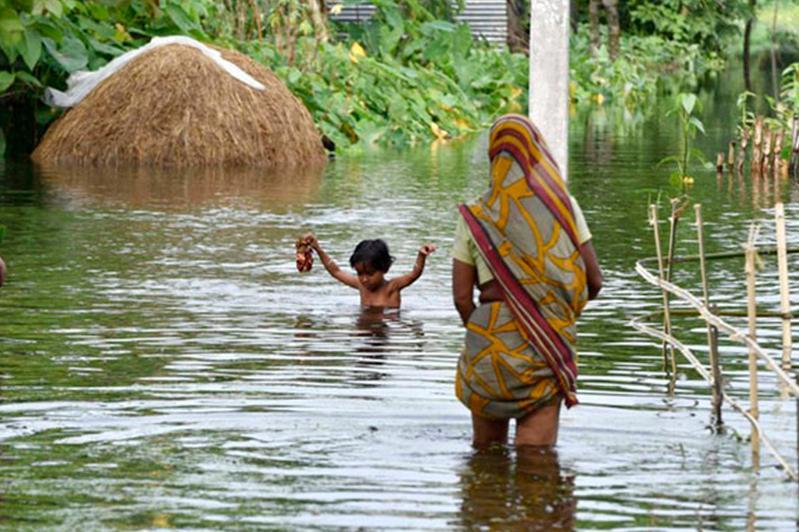 Более 2300 человек погибли во время муссона в Индии