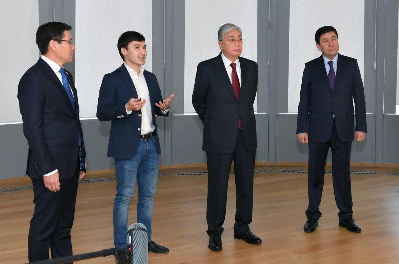 Tokayev visits Alem Coding School, Astana Hub and Astana IT University
