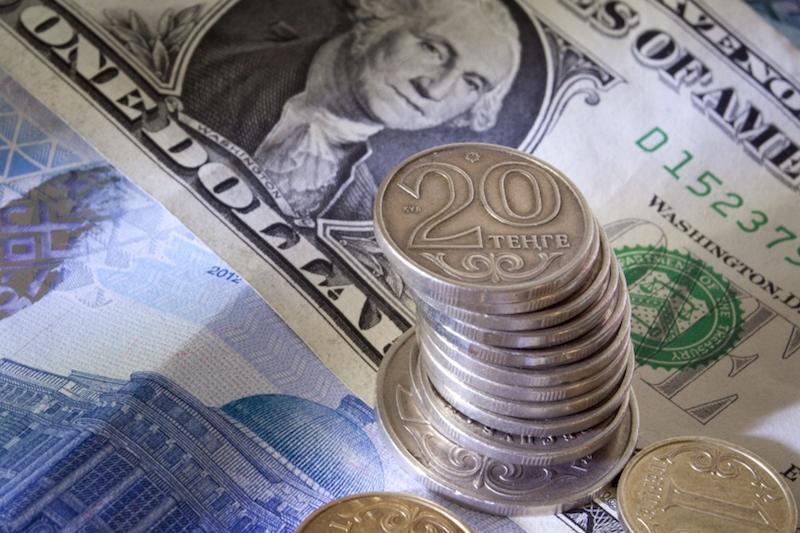 今日美元兑坚戈终盘汇率1:387.36