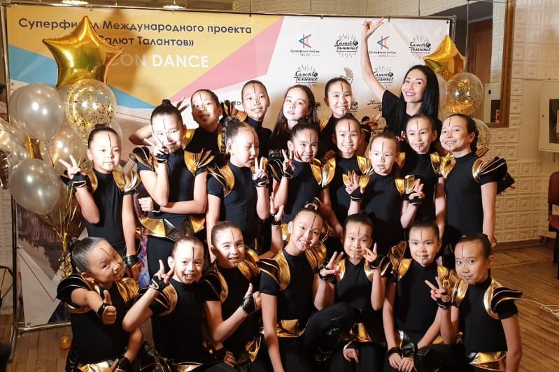 Юные танцоры из Нур-Султана выиграли конкурс в Санкт-Петербурге