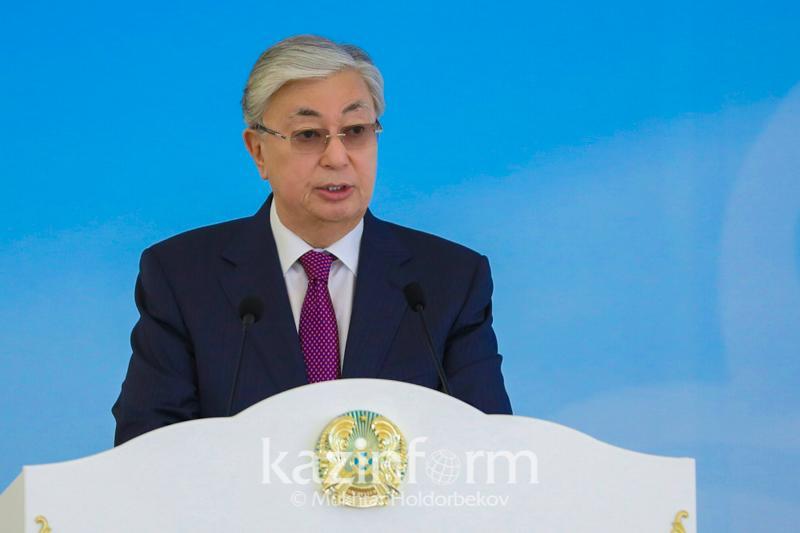 托卡耶夫总统就《主权哈萨克斯坦》报发行100周年致贺信