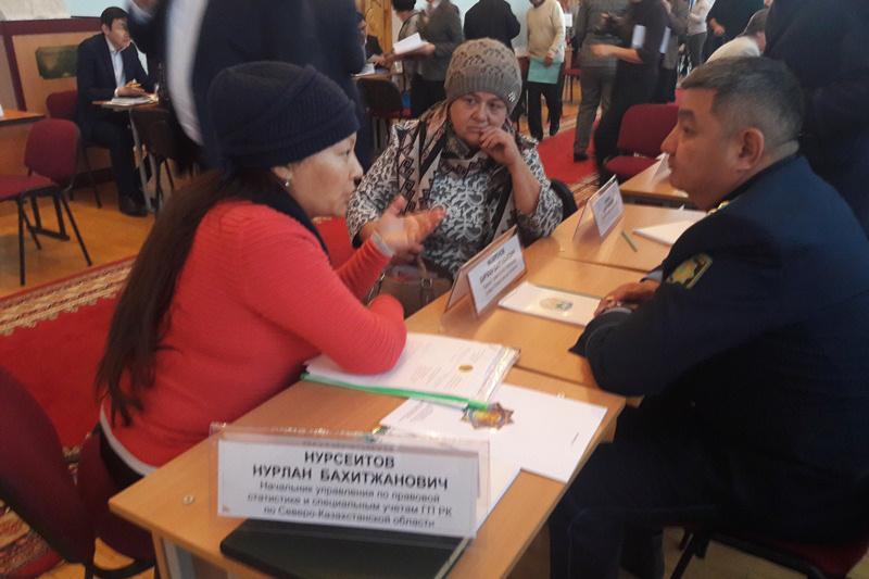 Открытый прием граждан провел аким СКО