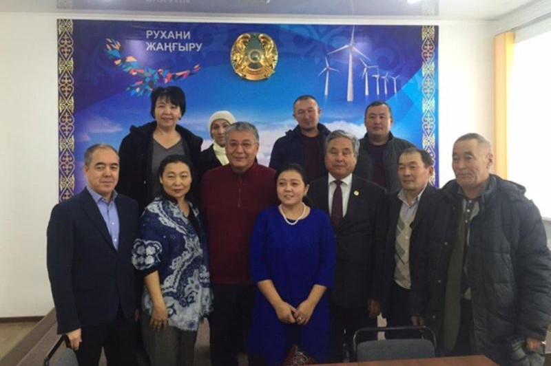 Сенатор Көкшетау маңындағы «Нұрлы көш» тұрғындарының проблемасын айтты
