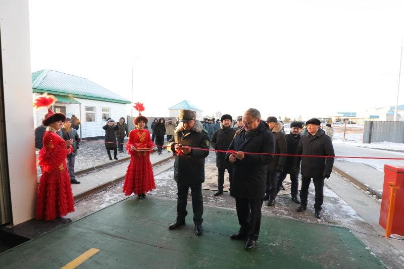 Первый в РК спецкомплекс для сканирования автомашин открылся на пункте пропуска в Актюбинской области