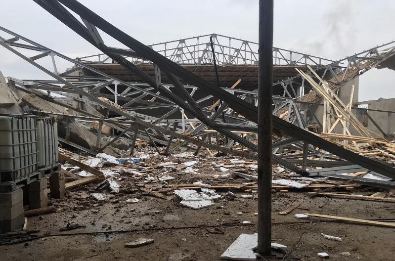 В строящемся здании в Шымкенте обрушились стены и потолок: пострадали шесть рабочих
