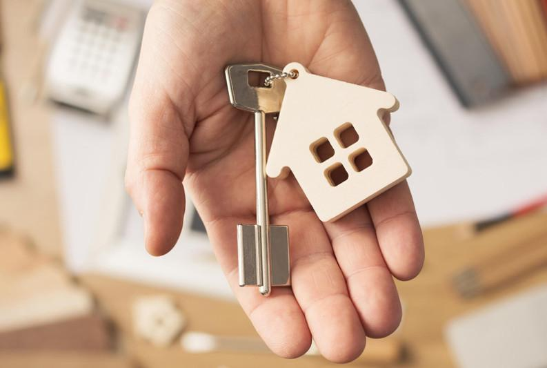 40 large families received keys to new apartments in Atyrau