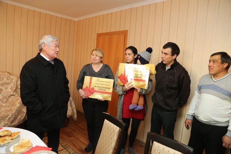 Бердибек Сапарбаев осмотрел дома для переселенцев в Северо-Казахстанской области