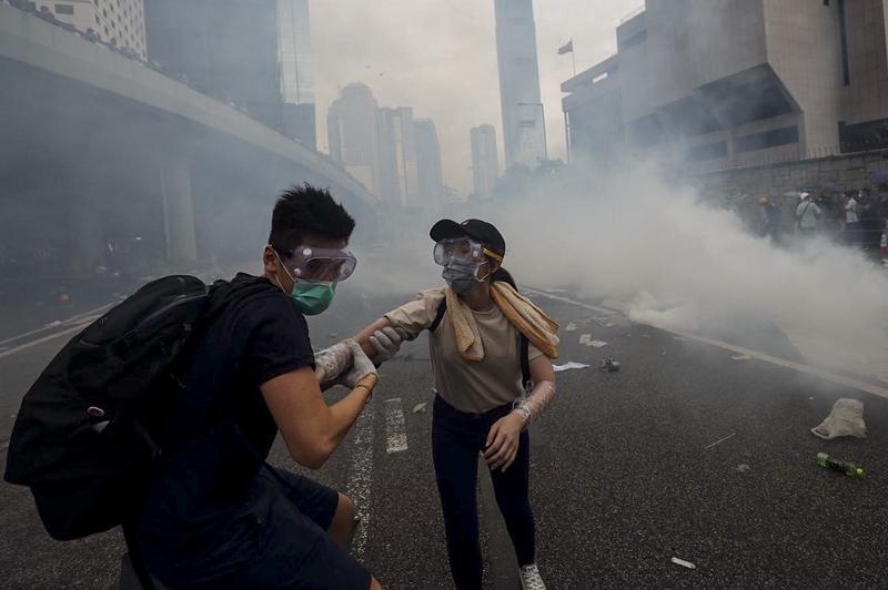 Гонконгтегі қазақстандық студенттерге елге қайтуды ұсынамыз – Бас консулдық