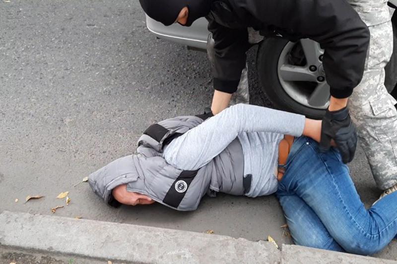 Канал сбыта синтетических наркотиков ликвидировали в Алматы