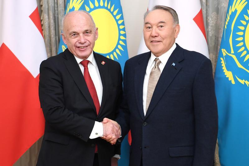 纳扎尔巴耶夫会见瑞士联邦主席毛雷尔
