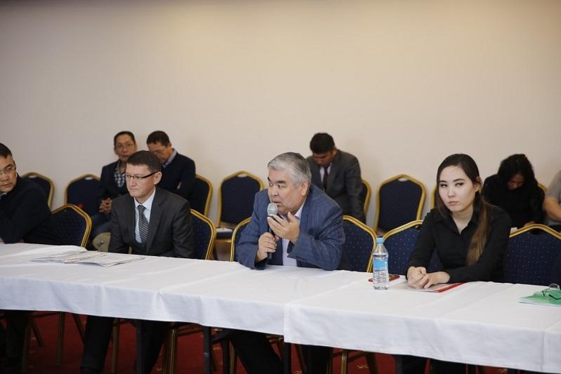 О последствиях массовой гибели рыбы в реке Урал говорили в Атырау