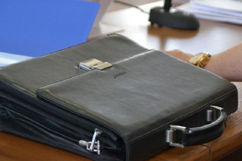 Сразу три руководителя отделов акимата уволились в Уральске