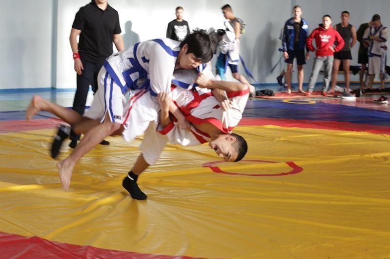 В Москве прошел турнир по «қазақ күресі» на кубок Посла Казахстана в России