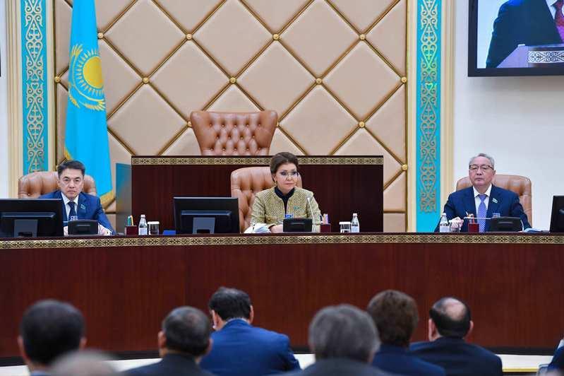 Дарига Назарбаева: Сенат нацелен на решение важных социальных и инфраструктурных вопросов регионов