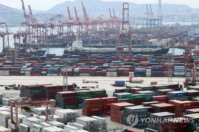 S. Korea's trade terms continue to worsen in Oct.