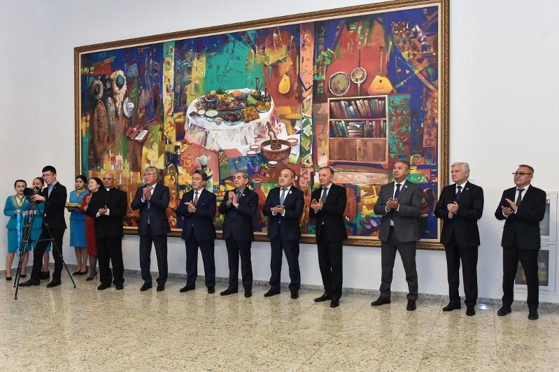 Выставка «Елбасы и культура» открылась в Национальном музее РК