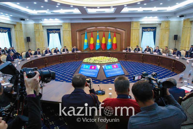 Казахстан вложил в экономику Кыргызстана более 1 млрд долларов