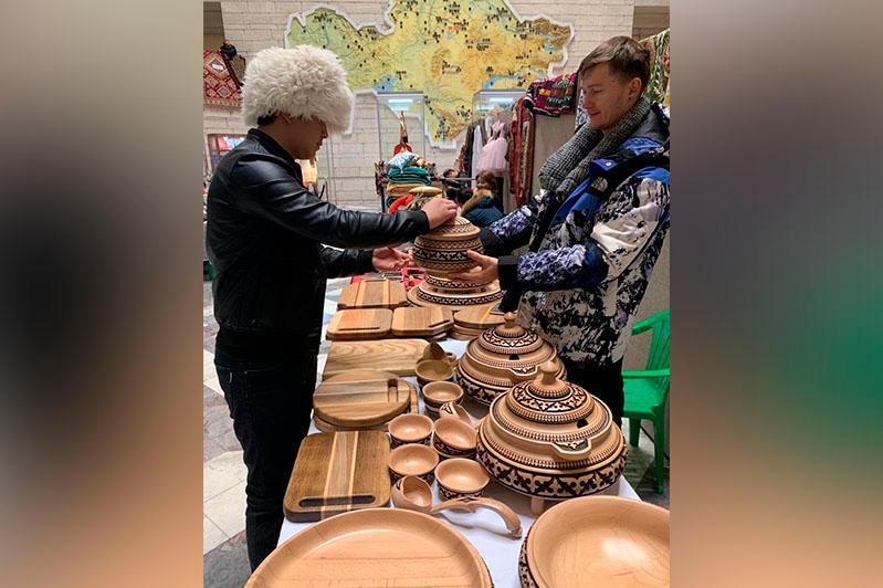 Алматыда «Шығыс базары» жәрмеңкесі өтіп жатыр