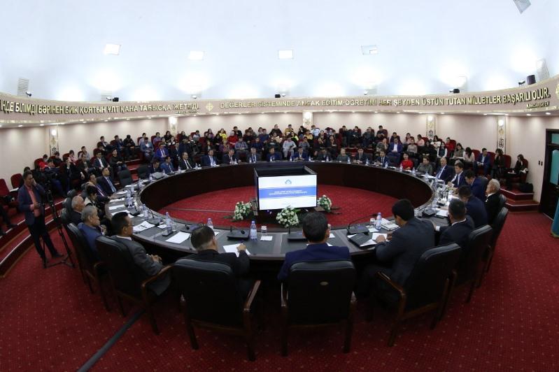 Түркістан облысында Тұңғыш Президент күні мерекесіне орай ғылыми конференция өтті
